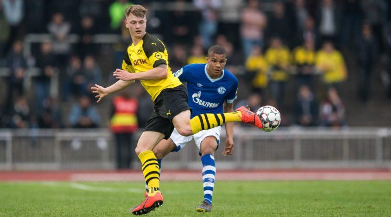 Malick Thiaw Schalke defender